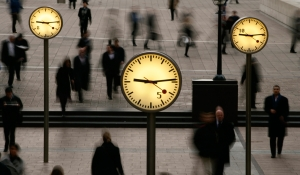 photo-clocks-people